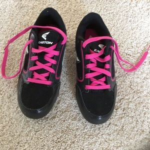 Youth/girls soccer cleats